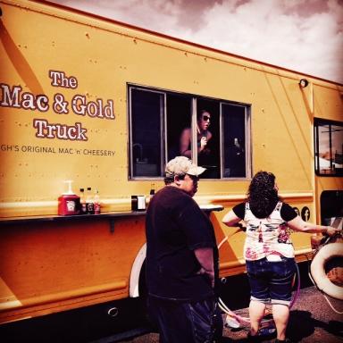 Mac n Cheese Food Truck in Pittsburgh